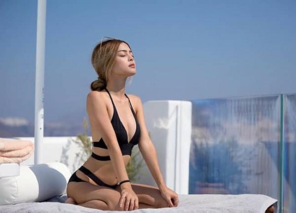 Đã diện bikini thì phải biết tạo dáng chất như model chính hiệu mới bằng chị bằng em - Ảnh 3.