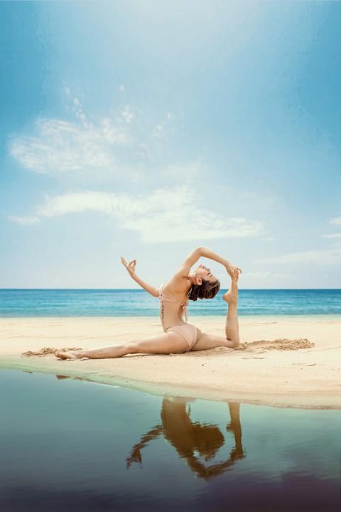 Đã diện bikini thì phải biết tạo dáng chất như model chính hiệu mới bằng chị bằng em - Ảnh 21.