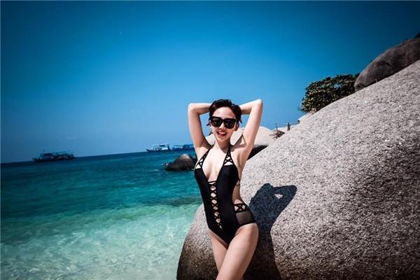 Đã diện bikini thì phải biết tạo dáng chất như model chính hiệu mới bằng chị bằng em - Ảnh 9.