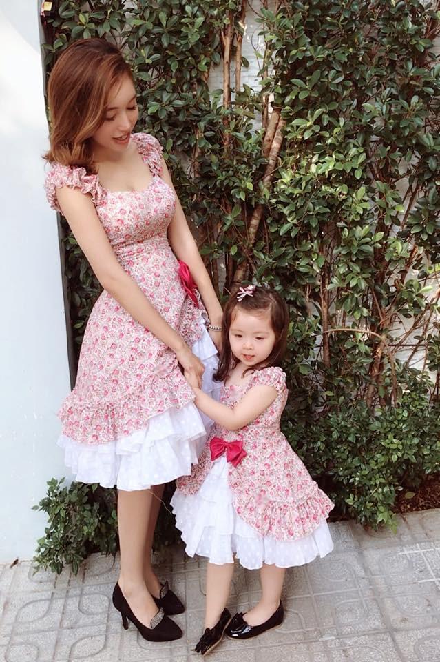 3 cặp mẹ con nhà sao Việt: cứ hở ra là thấy mặc đồ đôi đồng điệu với nhau - Ảnh 6.
