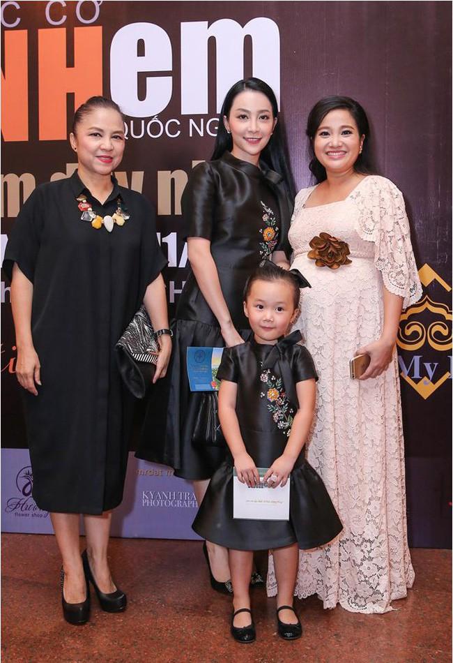 3 cặp mẹ con nhà sao Việt: cứ hở ra là thấy mặc đồ đôi đồng điệu với nhau - Ảnh 20.