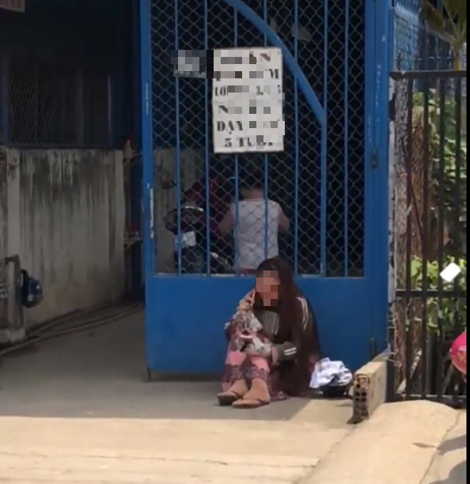 TP.HCM: Thực hư clip bé trai nghi bị bắt cóc, người mẹ òa khóc vì không đón được con ở lớp mầm non - Ảnh 2.