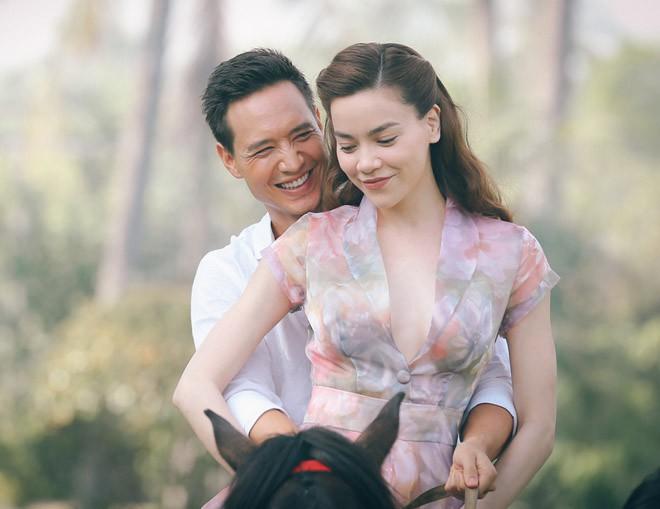 Bài phỏng vấn đặc biệt Kim Lý tuyên bố muốn cưới và có con với Hà Hồ - Ảnh 2.