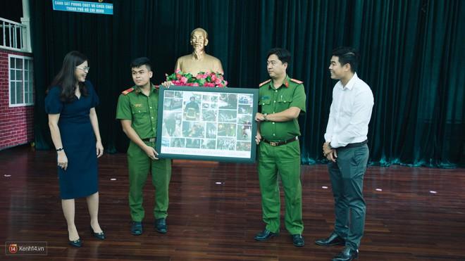 Những người lính PCCC trong vụ Carina: Tụi mình không phải anh hùng. Xin gọi là những chiến sĩ bảo vệ người dân thôi - Ảnh 18.