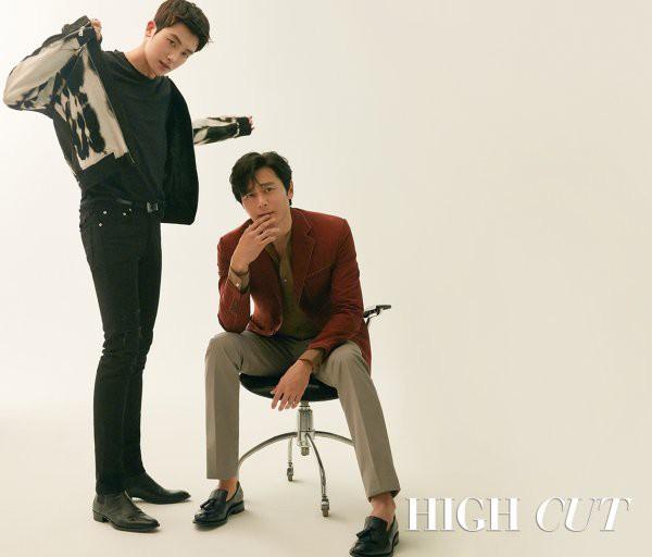 Bộ hình gây bão Park Hyung Sik và Jang Dong Gun: Thật tội cho chàng trai đó khi phải chụp với quý ông cực phẩm - Ảnh 4.
