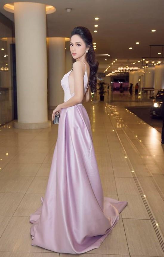 Bắt chước phong cách công chúa của Hương Giang, á hậu Thùy Dung vẫn dưới cơ đàn chị dù diện trang sức 200 triệu - Ảnh 6.