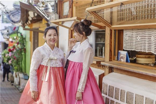 Hari Won: Từ khi lấy chồng, tôi ít nói chuyện với mẹ ruột hơn hẳn - ảnh 3