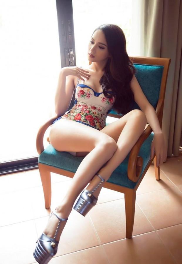 Hoa hậu Hương Giang: Lần đầu được mặc bikini, tôi như sống lại cuộc đời mới - Ảnh 3.