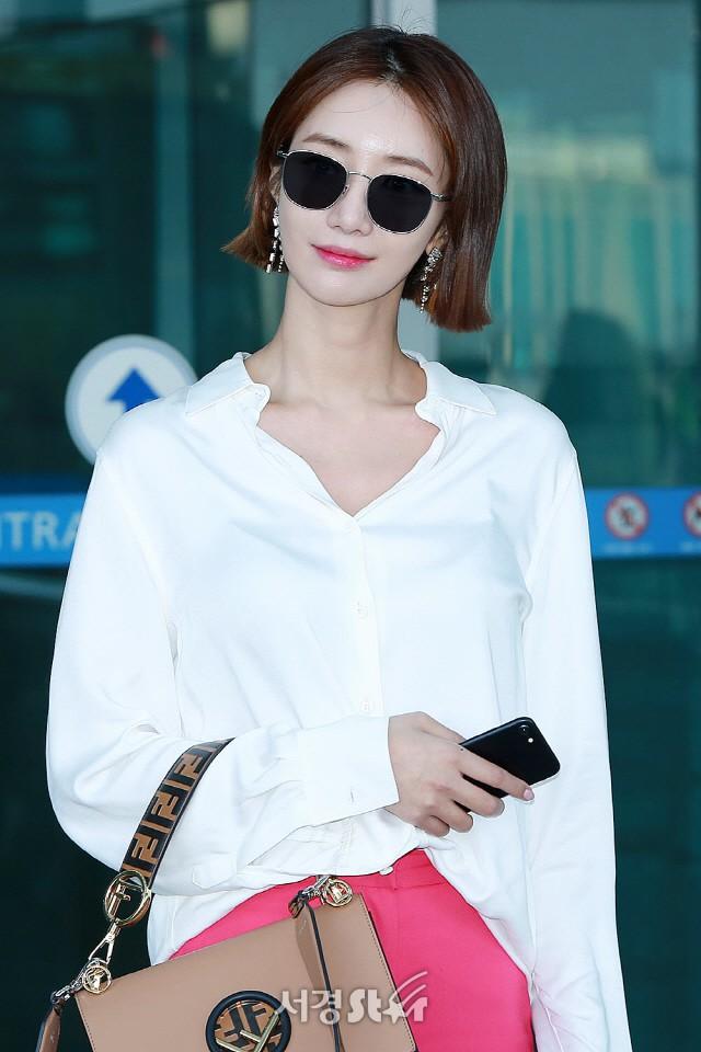 Bao năm rồi mỹ nhân She was pretty Go Jun Hee vẫn gây sốt vì đẹp đẳng cấp và sang chảnh khó tin tại sân bay - ảnh 7