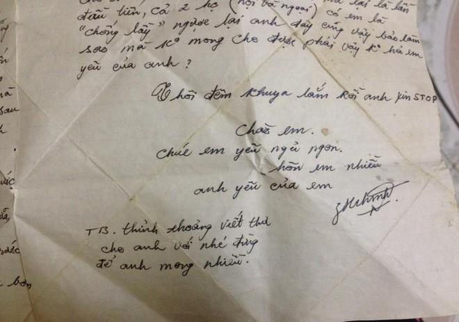 Tìm được thư tình của bố mẹ hơn 20 năm trước, con gái ngỡ ngàng với nội dung bên trong - Ảnh 1.