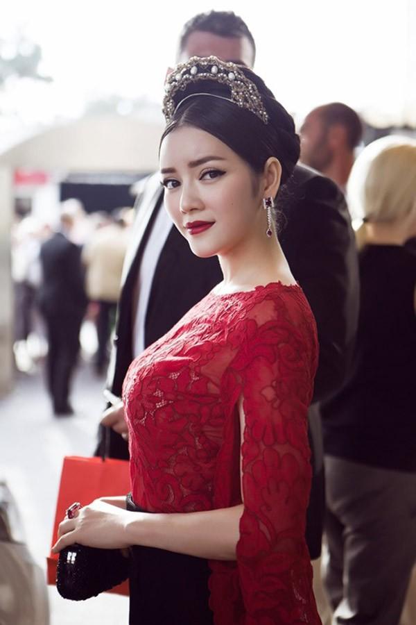 Lý Nhã Kỳ: Từ thảm họa tới biểu tượng thời trang Việt Nam ít ai sánh kịp - Ảnh 9.