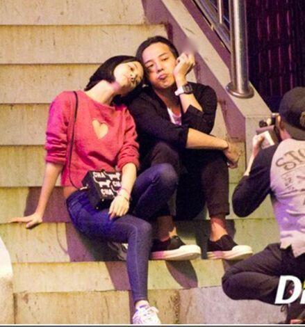 Chuyện hẹn hò showbiz Hàn - Việt: Một bên thì cố che giấu, một bên thì cố công khai đến mức làm lố quá đà - Ảnh 3.