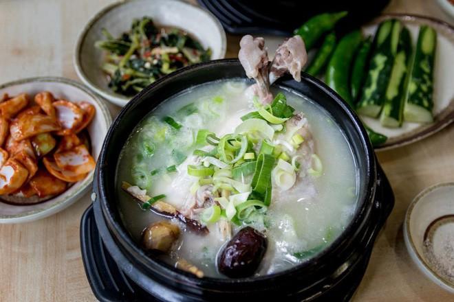 Ngày hè nóng nực nhưng người Hàn Quốc vẫn chuộng món ăn nóng hổi này bởi lý do ít ai đoán được - Ảnh 9.