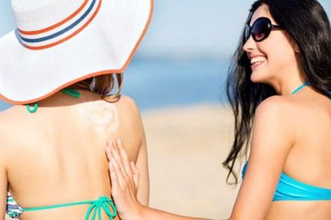 Kem chống nắng giữ được bao lâu trên da bạn? - Ảnh 3.