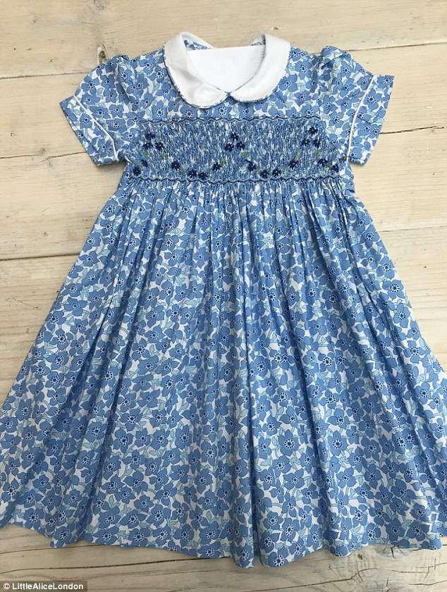 Bộ váy hoa hơn 1 triệu mà công chúa Charlotte mặc khi gặp tiểu hoàng tử được bán hết sạch chỉ trong một nốt nhạc - Ảnh 4.