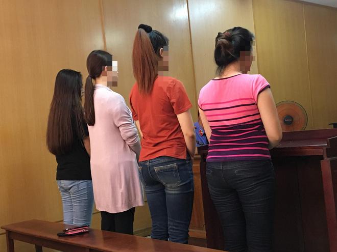 TP.HCM: Nhóm 4 Hoa khôi, Á khôi cầm đầu đường dây bán dâm nghìn đô lãnh án tù - Ảnh 1.