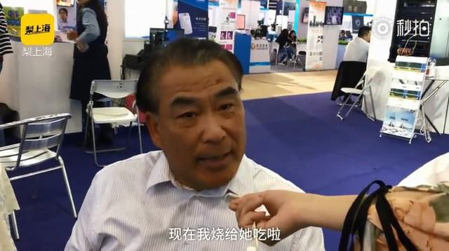 Kĩ sư Trung Quốc tạo ra con robot thông minh biết nấu ăn vì vợ ông cằn nhằn hơi nhiều - Ảnh 1.