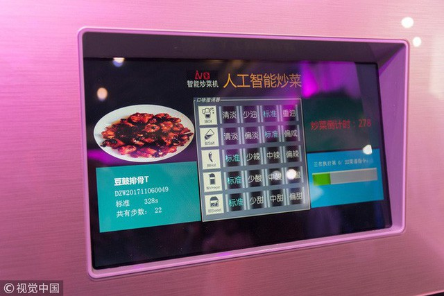 Kĩ sư Trung Quốc tạo ra con robot thông minh biết nấu ăn vì vợ ông cằn nhằn hơi nhiều - Ảnh 3.