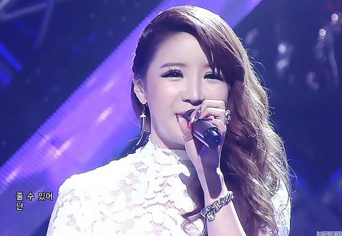 Mải miết chỉnh sửa nhan sắc, hiện tại nữ hoàng mặt nhựa Park Bom trông ra sao - Ảnh 8.
