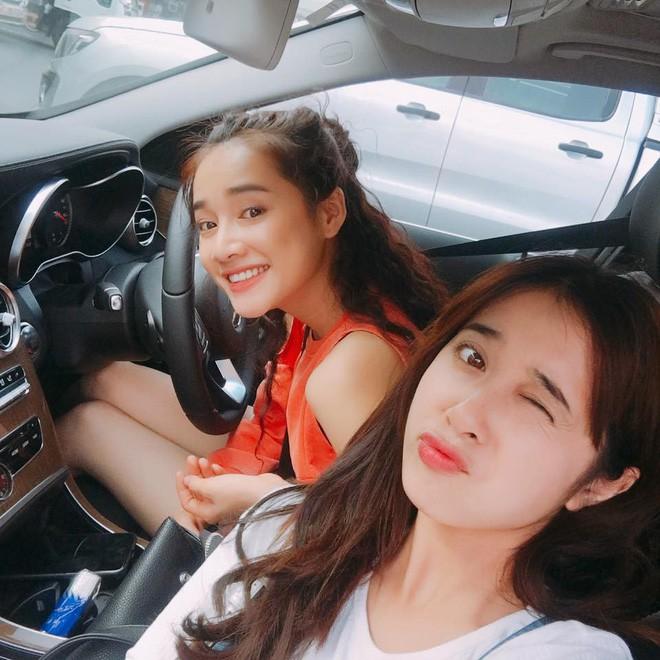 Cận ngắm nhan sắc xinh đẹp của 4 cô em gái có nhan sắc cực phẩm của các sao nữ Việt - Ảnh 21.