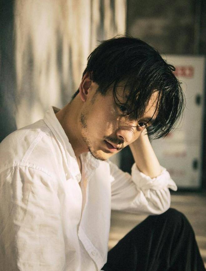 """Chàng trai HongKong với bộ ảnh phim khiến ai xem xong cũng uống nhầm 1 ánh mắt, cơn say theo cả đời - Ảnh 1. Chàng trai HongKong với bộ ảnh phim khiến ai xem xong cũng """"uống nhầm 1 ánh mắt, cơn say theo cả đời"""""""