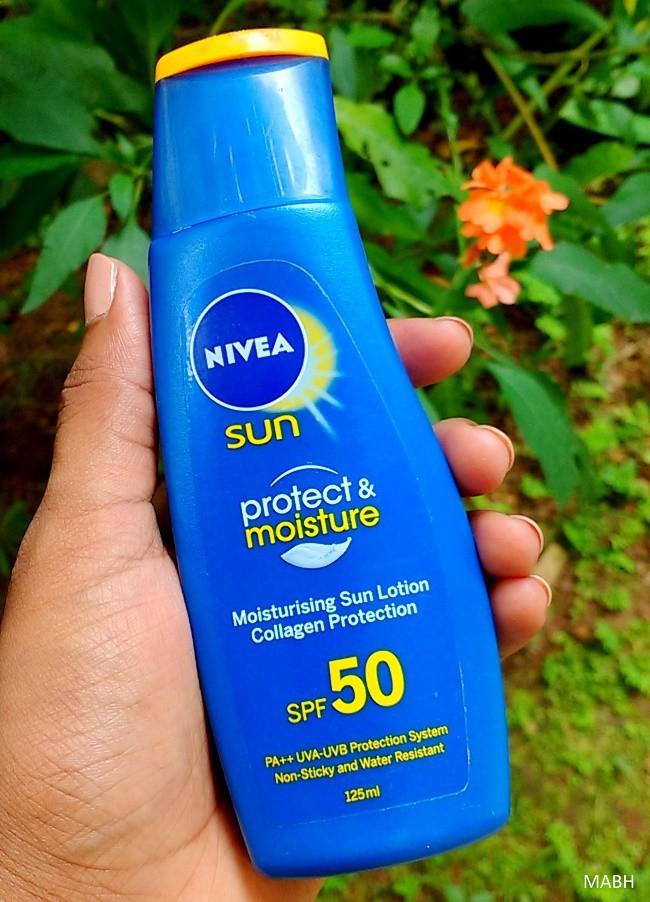Chăm da mùa nắng: 5 lọ kem dưỡng body kiêm cả chống nắng giá dưới 300k dành cho bạn - Ảnh 2.