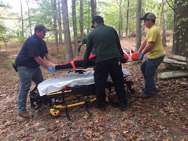 Khi cậu bé 14 tuổi liệt toàn thân vì rơi từ cây cao xuống, chẳng ai ngờ 45 ngày sau chuyện này lại xảy ra - Ảnh 2.