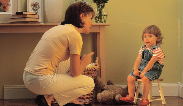 Hướng dẫn cha mẹ cách thực hiện hình phạt time-out để trẻ ngoan hơn - Ảnh 3.