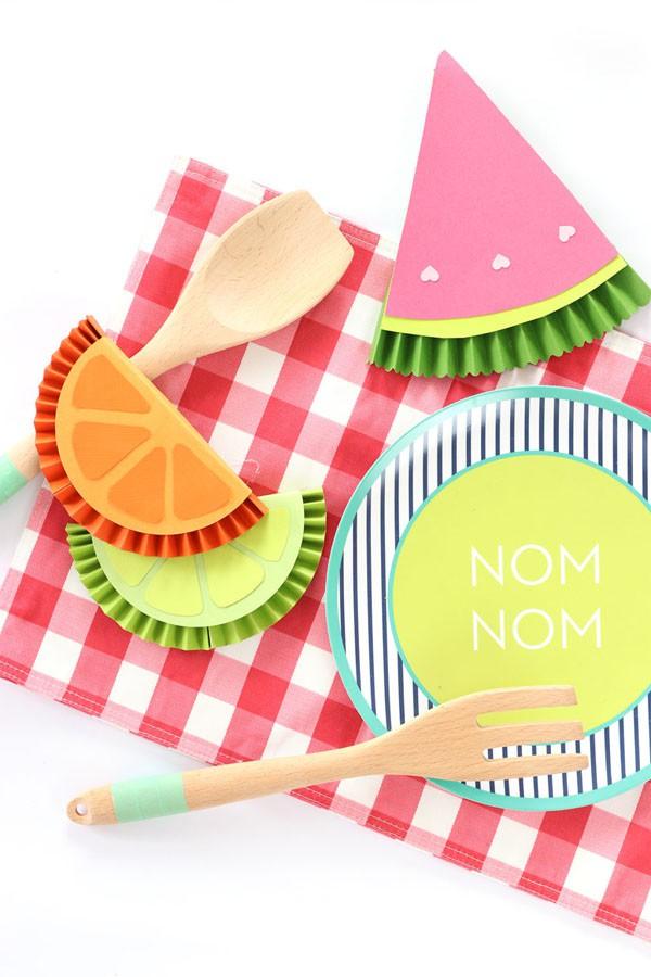 4 cách trang trí bàn tiệc sinh nhật cho bé yêu đơn giản mà cực xinh - Ảnh 4.