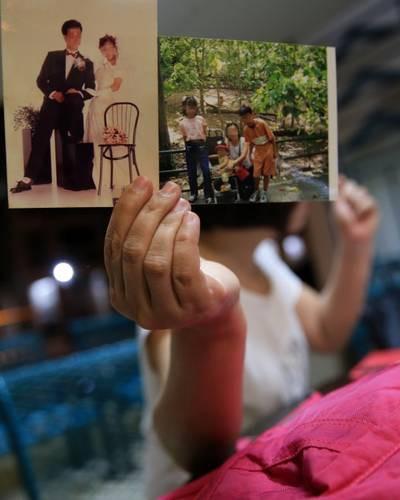Người phụ nữ 49 tuổi cầu cứu vì bị chồng coi là nô lệ tình dục, không đáp ứng được nhu cầu - Ảnh 1.