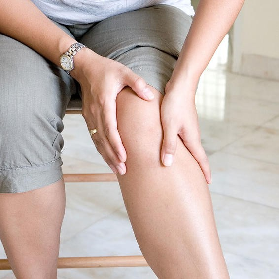 Nếu bạn bị đau chân, đầu gối hoặc ngón chân, đây là 6 bài tập dành cho bạn để đẩy lùi cơn đau - Ảnh 1.