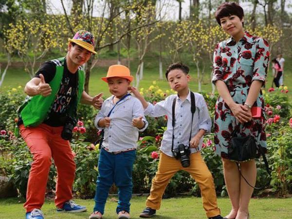 Gia đình danh hài Xuân Bắc lần đầu tiên tham dự Tuần lễ thời trang thiếu nhi 2018 - Ảnh 2.