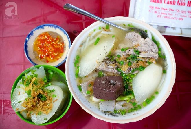 Đi một vòng Sài Gòn ghé 6 quán bánh canh siêu ngon mà giá bình dân, ăn một lần là thương nhớ - Ảnh 3.