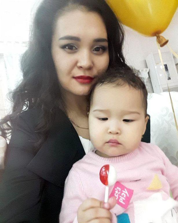 Bé gái 3 tuổi bị sốc nặng khi nhìn mẹ chết tức tưởi trong thang máy - Ảnh 2.
