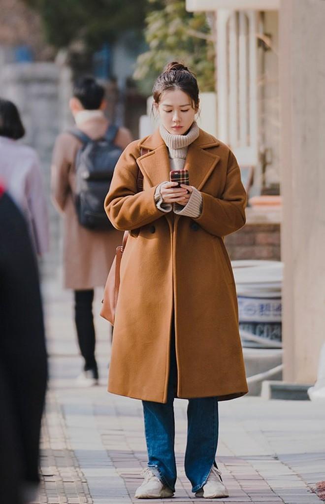 Chị Đẹp nhiều tuổi nên cũng thật giàu sang, túi xách, giày dép lẫn quần áo toàn đồ hiệu cao cấp! - Ảnh 4.