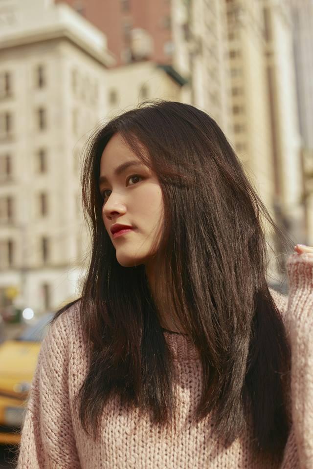 Cần gì thử nghiệm kiểu tóc mới, các người đẹp Vbiz này chỉ cần để tóc thẳng suôn dài là đẹp đến ngẩn ngơ rồi - Ảnh 21.