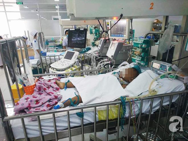 Mỗi năm, nửa triệu trẻ sơ sinh tử vong vì nhiễm khuẩn huyết - Ảnh 1.