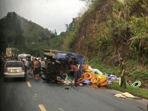 Tai nạn kinh hoàng tại dốc Cun, 4 người thương vong - Ảnh 1.