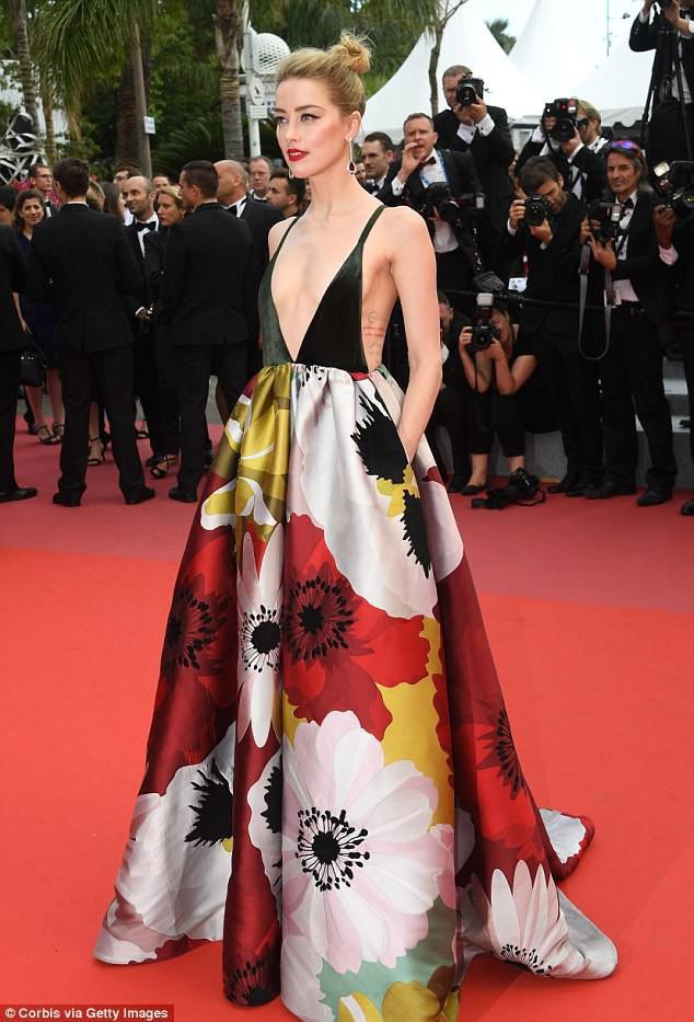 Thảm đỏ LHP Cannes ngày 3: Không có Phạm Băng Băng, mỹ nhân Thái Lan trở thành ngôi sao Châu Á thống trị thảm đỏ Cannes - Ảnh 8.