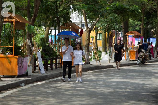 Phố đi bộ Trịnh Công Sơn vắng vẻ trong sáng đầu tiên khai trương - Ảnh 7.