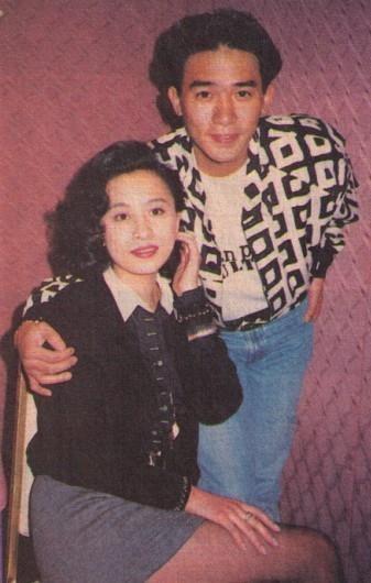 Chùm ảnh quý hiếm của dàn sao TVB: Thanh xuân rực rỡ của thế hệ 7X, 8X bỗng chốc thu nhỏ lại chỉ bằng những bức ảnh cũ, đã sờn màu - ảnh 16