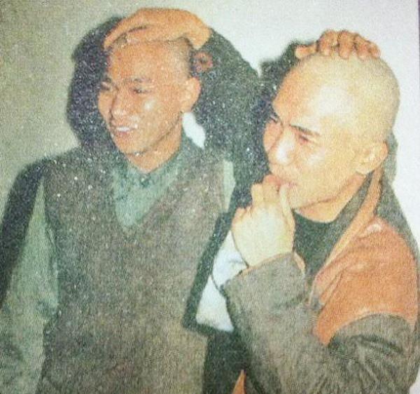 Chùm ảnh quý hiếm của dàn sao TVB: Thanh xuân rực rỡ của thế hệ 7X, 8X bỗng chốc thu nhỏ lại chỉ bằng những bức ảnh cũ, đã sờn màu - ảnh 19