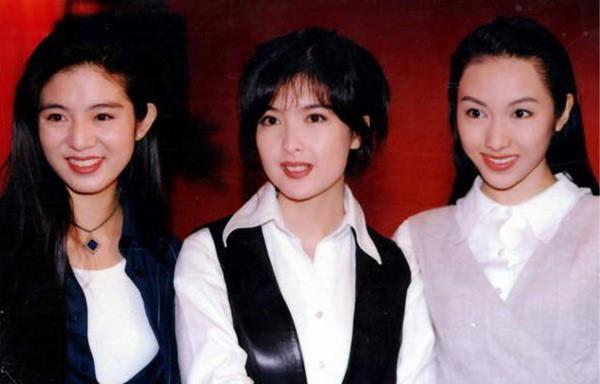 Chùm ảnh quý hiếm của dàn sao TVB: Thanh xuân rực rỡ của thế hệ 7X, 8X bỗng chốc thu nhỏ lại chỉ bằng những bức ảnh cũ, đã sờn màu - ảnh 20