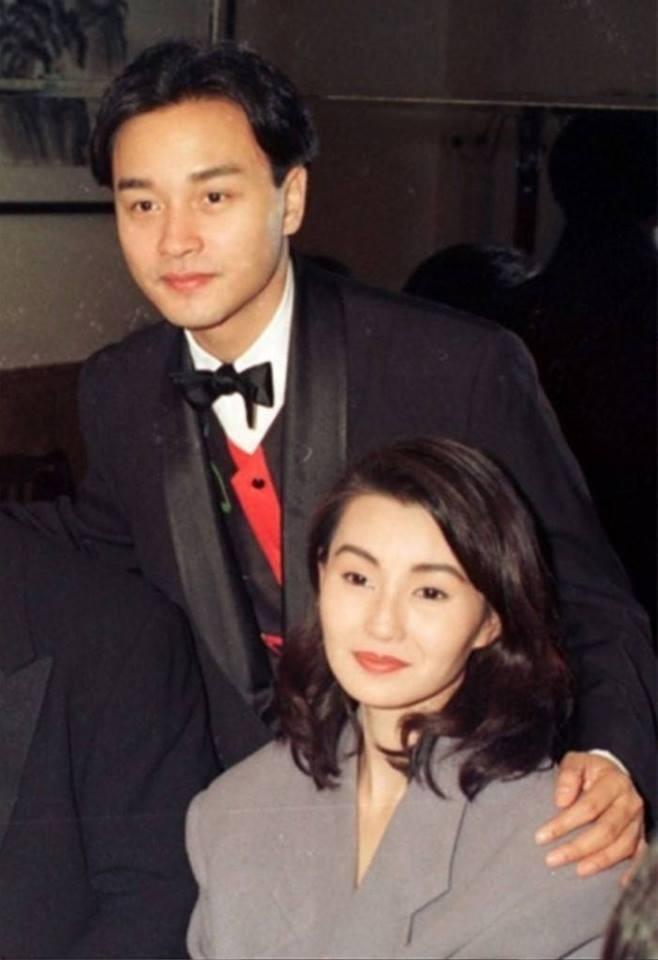 Chùm ảnh quý hiếm của dàn sao TVB: Thanh xuân rực rỡ của thế hệ 7X, 8X bỗng chốc thu nhỏ lại chỉ bằng những bức ảnh cũ, đã sờn màu - ảnh 4