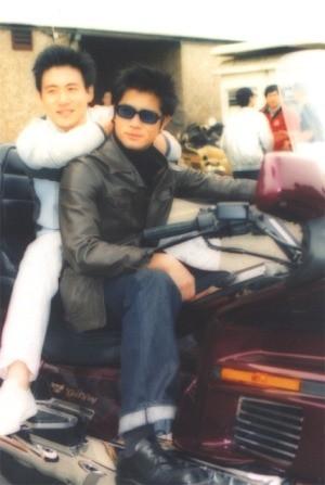 Chùm ảnh quý hiếm của dàn sao TVB: Thanh xuân rực rỡ của thế hệ 7X, 8X bỗng chốc thu nhỏ lại chỉ bằng những bức ảnh cũ, đã sờn màu - ảnh 6
