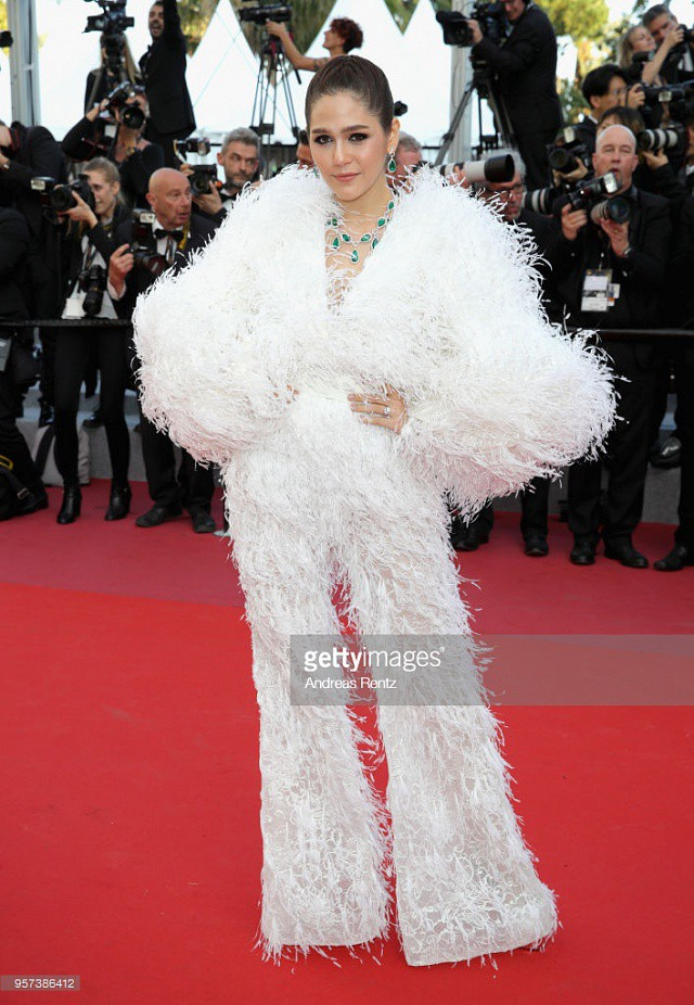 Chẳng phải Phạm Băng Băng hay dàn sao Hollywood, mỹ nhân Thái Chompoo Araya mới là người chiếm sóng thảm đỏ trong 5 ngày ở Cannes - Ảnh 8.