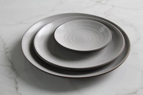 Những mẫu đĩa sứ thanh lịch cho bữa ăn ở nhà sang như khách sạn 5 sao - Ảnh 3.