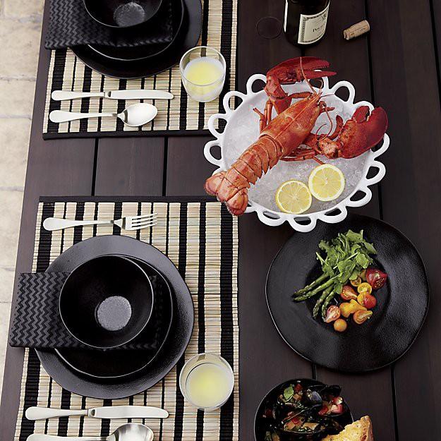 Những mẫu đĩa sứ thanh lịch cho bữa ăn ở nhà sang như khách sạn 5 sao - Ảnh 9.
