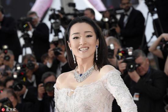 Các người đẹp vô danh Hoa ngữ chi bao nhiêu tiền để được đi thảm đỏ Cannes? - Ảnh 12.