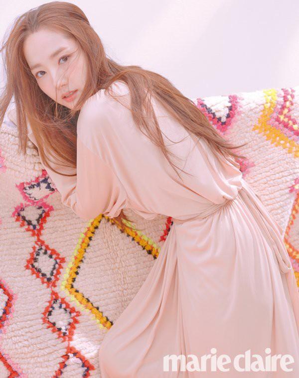 """Những ca phẫu thuật thành công của mỹ nhân Hàn: Đúng là không có gì là không thể, một bước """"vịt hóa thiên nga"""", lọt top gương mặt đẹp nhất thế giới - Ảnh 6."""